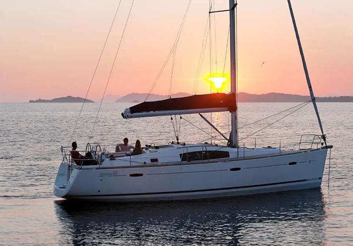 weekend in barca a vela sardegna