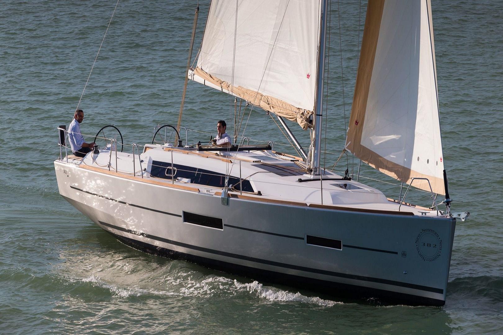 duf_382_sailing